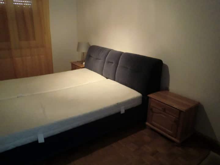 Zimmer für Zwei Personen Haus mit vier Zimmer