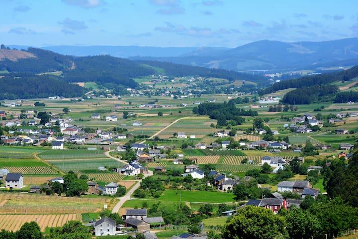 Casa de aldea en la Mariña Lucense.- Lourenzá