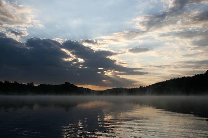 Still Valley Lake Loft - a private lake escape