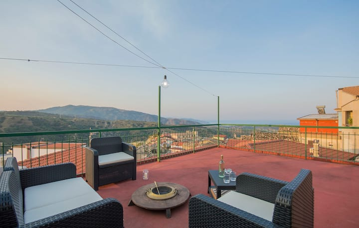 La Timpa house with view on the Squillace gulf.