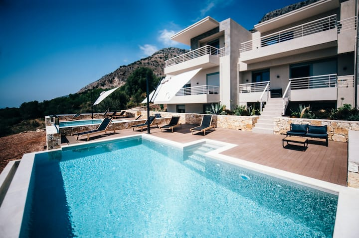 Luxury Villa for 6-8 people with panorama view and private pool # Kassandra Villa # K-Villas NBN 1159576