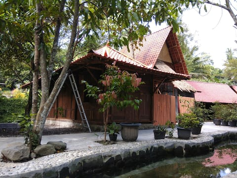 Villa Rukun, get closer with friends and families