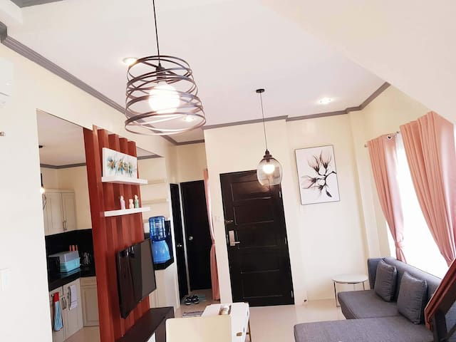 4 Bedroom Townhouse in Tacloban 1