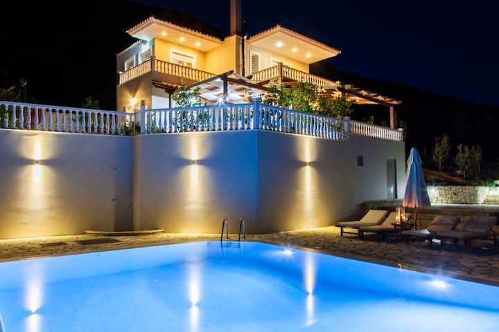 Special Offers: Stunning Villa Dream with Pool