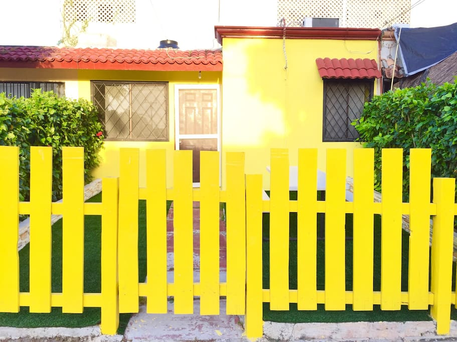 WELL PROTECTED HOUSE WITH A SAFE FRONT GATE