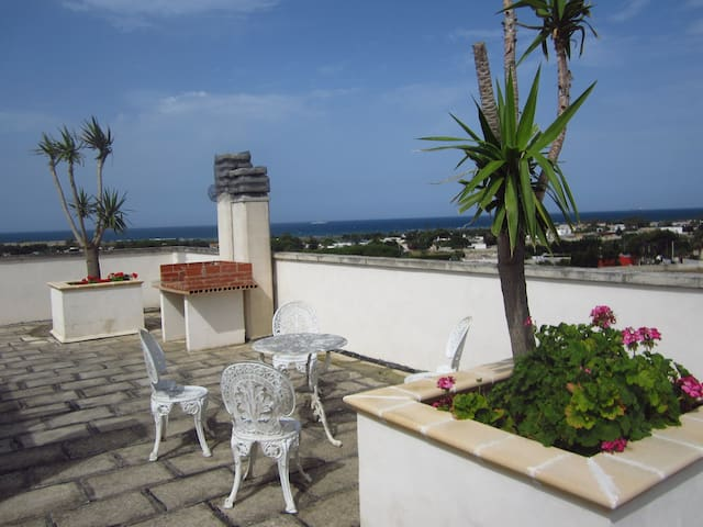 Stunning see side view apartment. - Brindisi - Casa