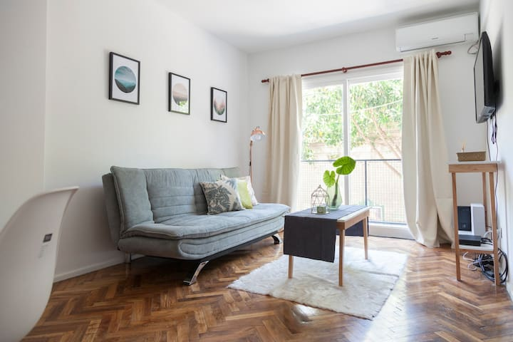 RECOLETA/Bright and comfy apt with balcony 2/3 pax
