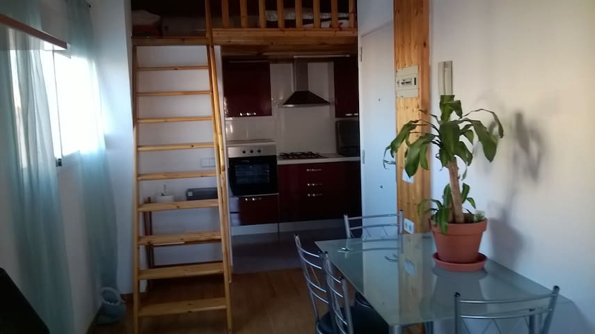 WIFI, ATTIC WITH TERRACE IN RUZAFA, NEAR OF CENTER - València - Loft
