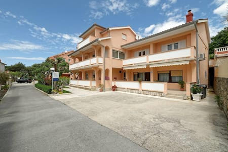 Apartments Marica / AP-2 / Two Bedrooms - Rab