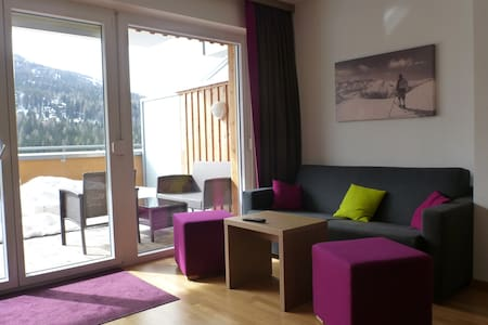 Apartment directly on the ski slope - oak