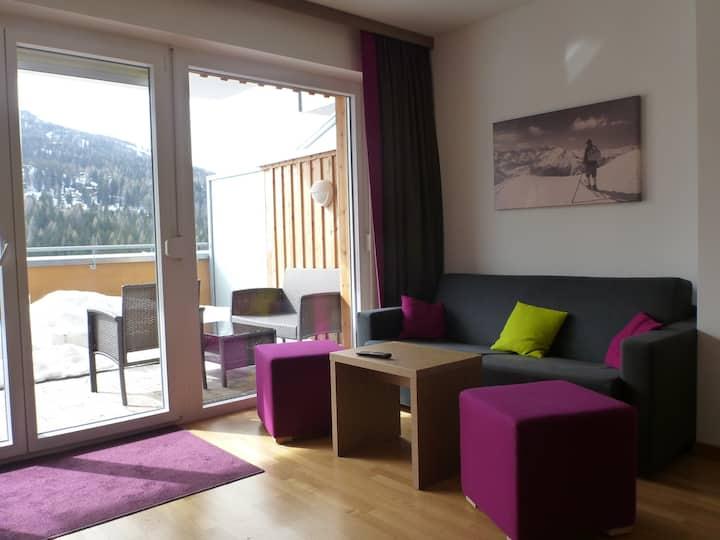 Apartment directly on the ski slope - oak