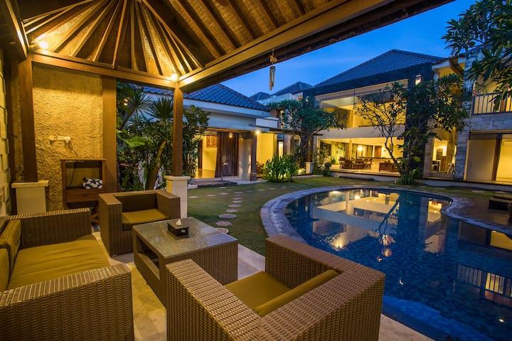 Villa Naga Kuta Seminyak Bali Villas For Rent In Kuta Bali Indonesia