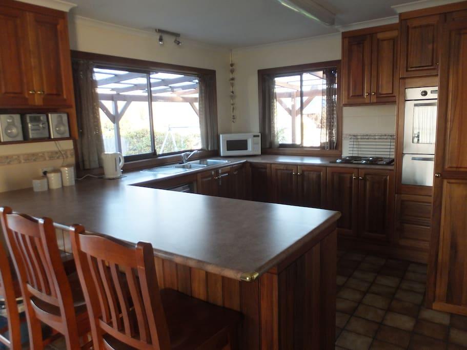 Large, convenient kitchen