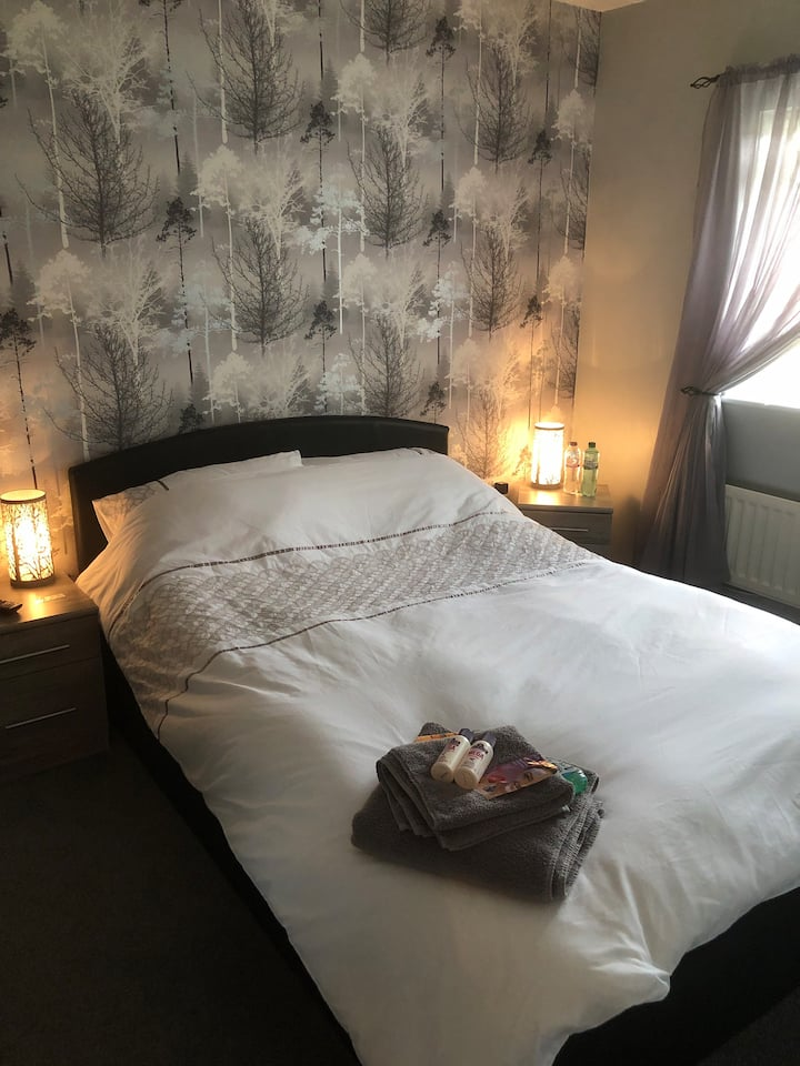Private double room with free parking