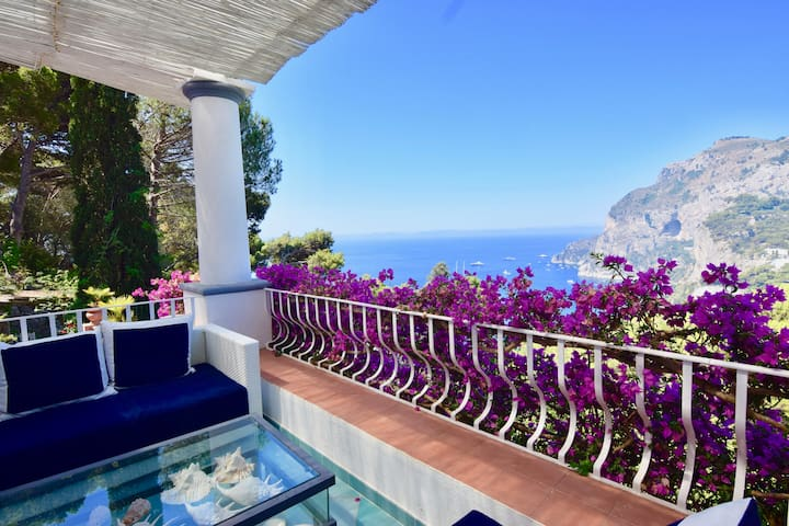 70m2 of Balcony space with an open view of paradise