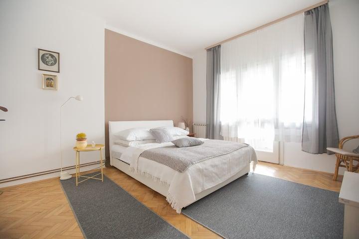 Apartman RetroVizor