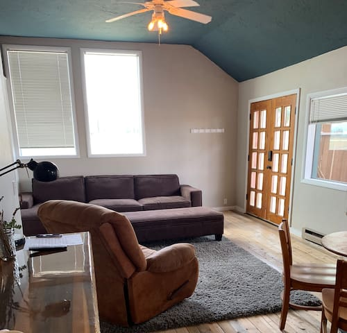 Victor River Access 1 bed 1 bath