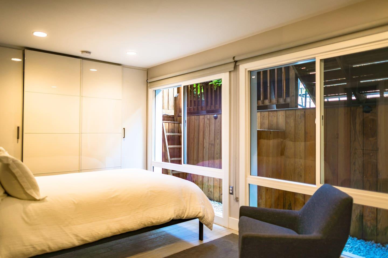 Beautiful and clean private studio apartment