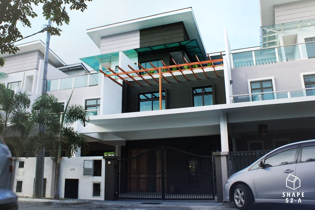 shape52a melaka next to kota lakasamana houses for