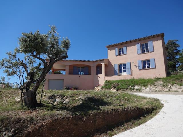 Villa Aurélia (Provence), View and Swimming Pool - Flayosc - วิลล่า