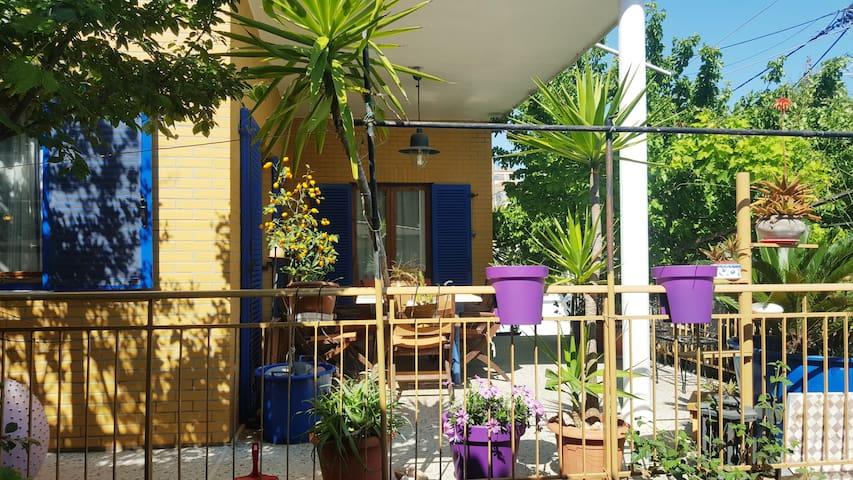 Lodge by the sea - Artemis - Huis