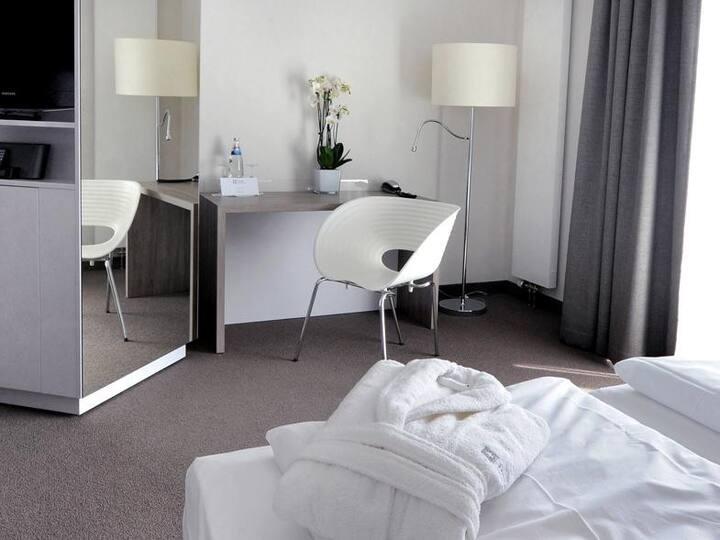 Hotel Schweizer Hof (Kassel) -, 2-Raum-Appartements, 68qm, 1 Schlafzimmer, max. 4 Personen