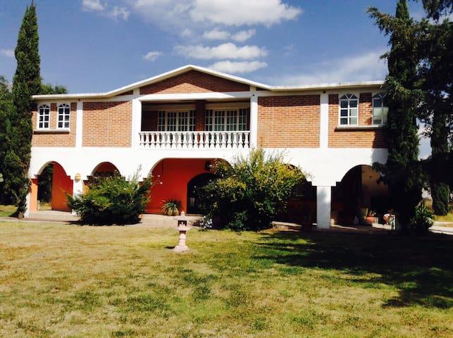 Casa de Campo La Madriguera:fogata/lunada/barbacoa