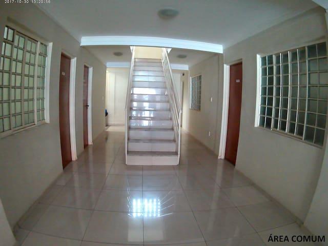 Área comum (escada)