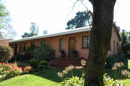 Whinstone Farm Cottage 3