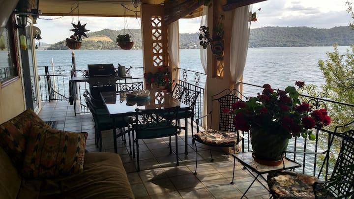 Casa de Cozumel - Lakefront Home