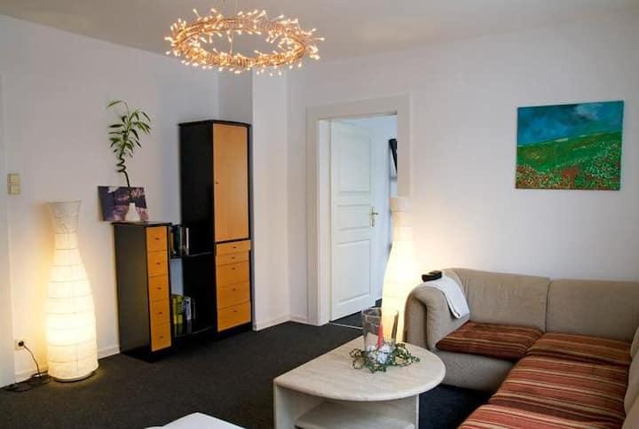 Ferienwohnung Rheda-Wiedenbrück, (Rheda-Wiedenbrück), Ferienwohnung mit 100qm, 3 Schlafzimmer, max. 6 Personen, Balkon