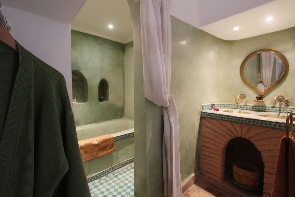 salle de bain Oasis  tadelakt vert