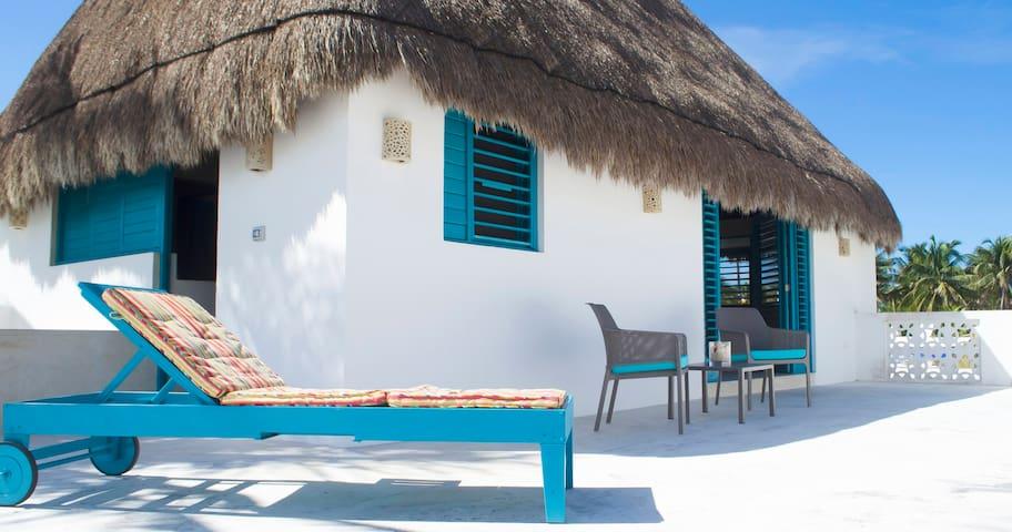 Excelente casa en Sisal,Yucatán a cuadra del mar - Sisal - House