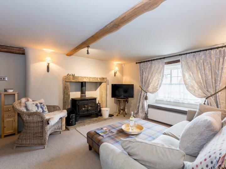 Mouse Cottage (UK2376)