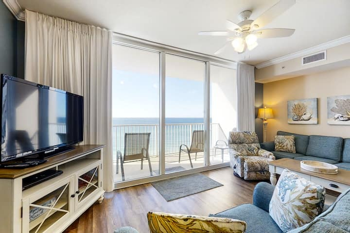 Beach-chic gulf-front condo w/ pools, hot tubs & beach service - near Pier Park!