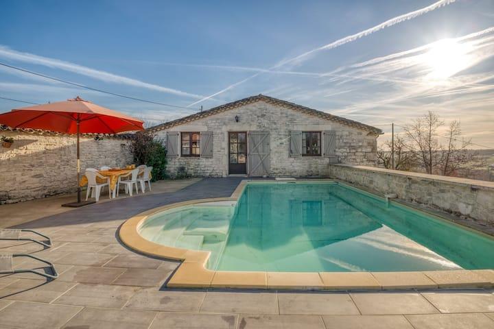 Elegantes Ferienhaus in Montpezat-de-Quercy mit Swimmingpool.