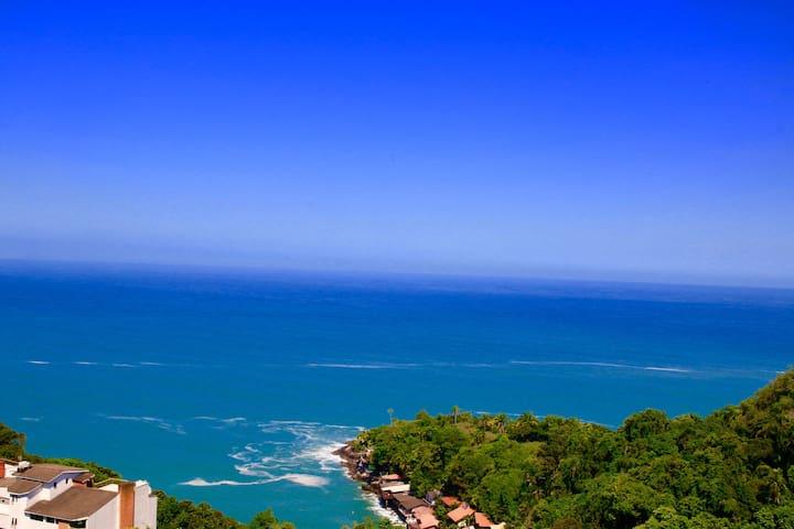 Guarujá apartamento vista para o mar
