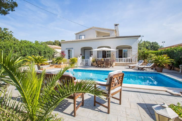 CAN NAVARRO - Villa for 8 people in Cala Pi, Llucmajor.