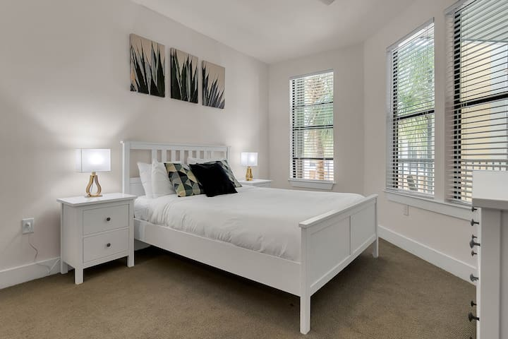 NUOVO | Stylish 1Bd / 1Bth In Downtown Orlando