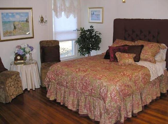 Monet Room