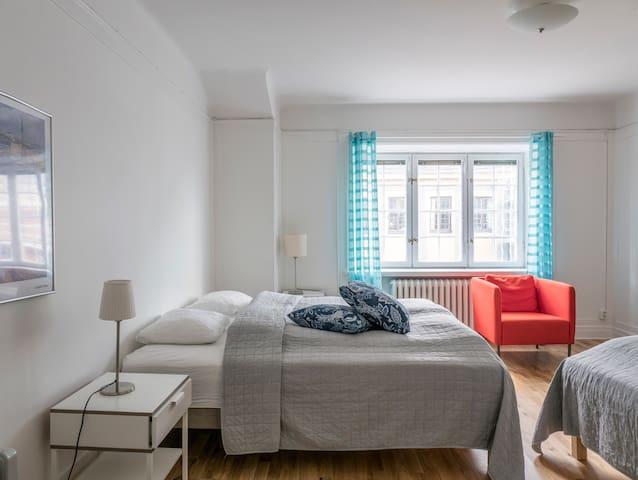Spacy modern flat