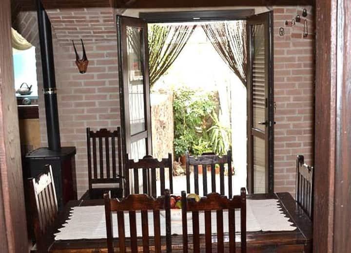 Casa Gonare nel centro storico di Dorgali