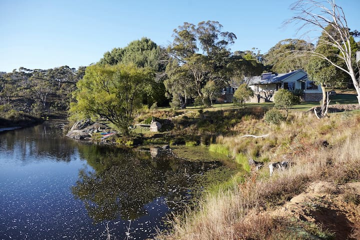 Second Flat Retreat | luxury farmstay, river views
