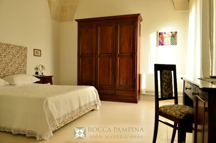 Masseria Rocca Pampina-Stanza n.3 - Mottola - B&B/民宿/ペンション