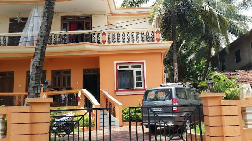 A spacious 3 bhk row house villa.