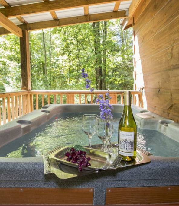 Paint Creek Log Cabin With Hot Tub Jacuzzi 5 Br Cottages