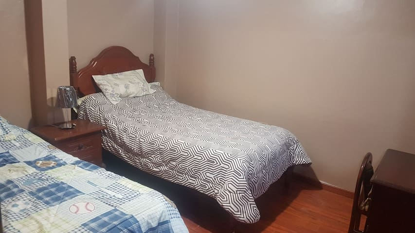 Confortable Habitación en la ciudad de Loja