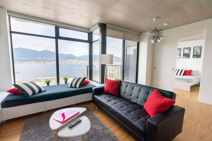 LUXURY Full Water+MountainView,2BR+2BA+Parking+AC