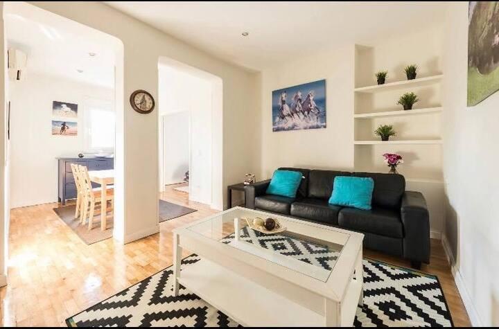 Bright Apartment in Chamberi Madrid
