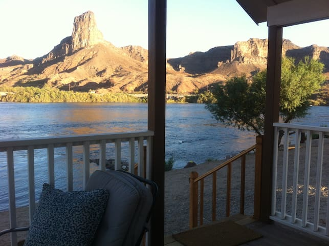 Most beautiful view on Parker strip - Parker Dam - Bungalow